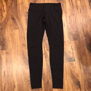 "Lululemon 28"" Wunder Under Pants"